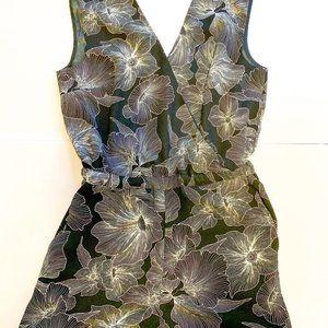 LOFT floral romper w/pockets - Small